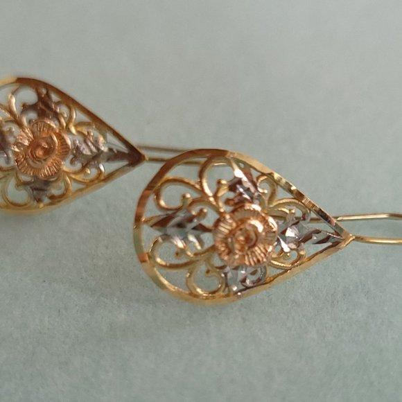 Vintage Rose Earrings